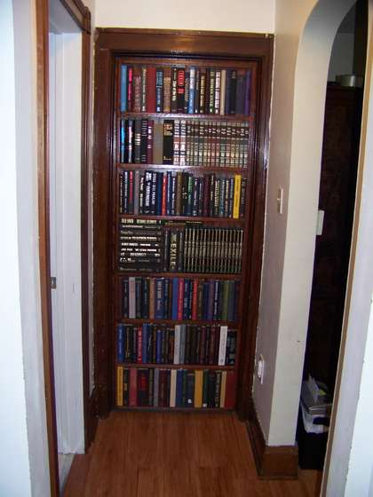 Source: http://www.instructables.com/id/BOOKCASE-DOOR-THAT-REPLACES ...