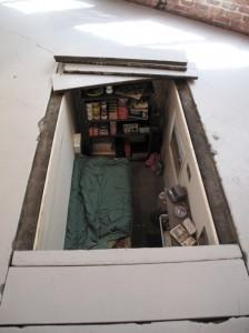 Concealed underground survival bunker