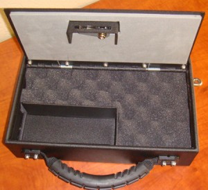 Portable lockable firearm safe