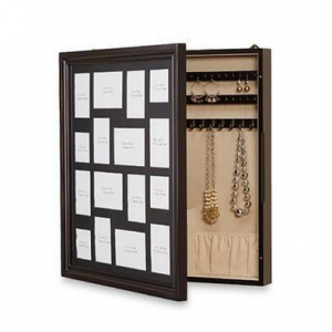 Hidden Jewelry Compartment in Picture Frame