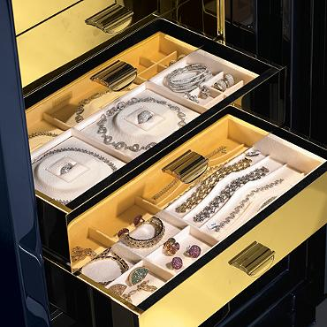 Traum Heirloom Luxury Safe
